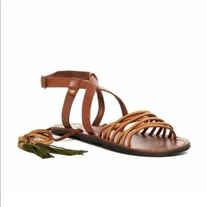 NWT Free People Willow sandals